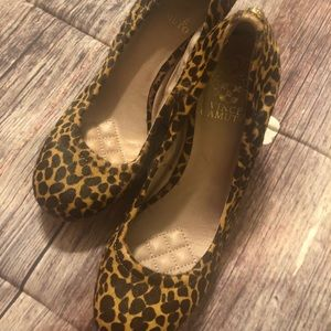 VINCE CAMUTO leopard wedge women shoe size 8
